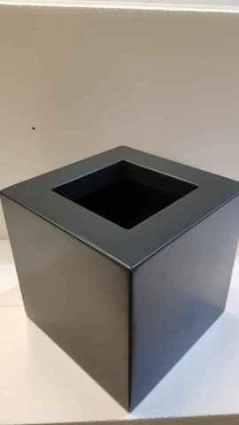 stalowa czarna